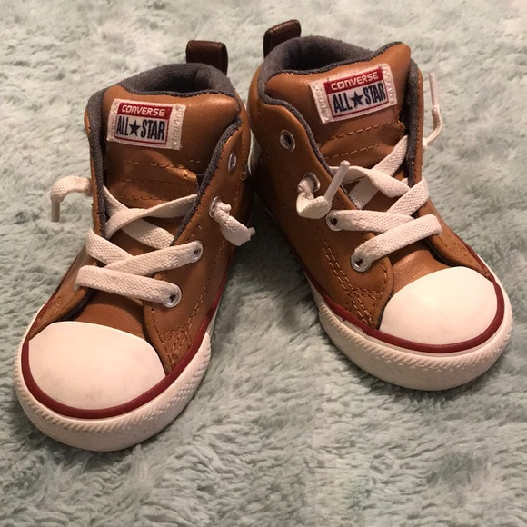 Converse Other - Toddler leather Converse high tops c6e39f147